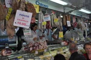 Kødmarked på torvet