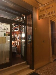 Godt gemt i en sidegade Trattoria Serghei