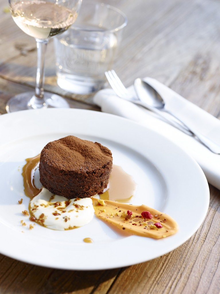 Chokoladesvineri, mascarpone creme med lakrids krokant, orangechokolade og marsalareduktion